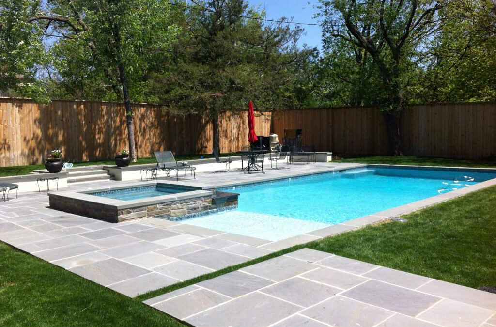 Bluestone Pavers – Why a Popular Choice for Outdoor Paving?